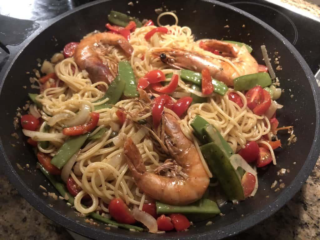 Shrimp garlic spaghetti