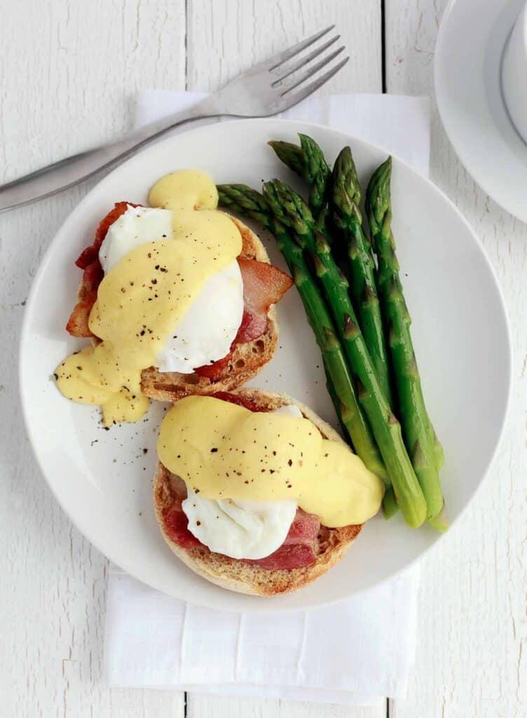 Julia Child's Eggs Benedict