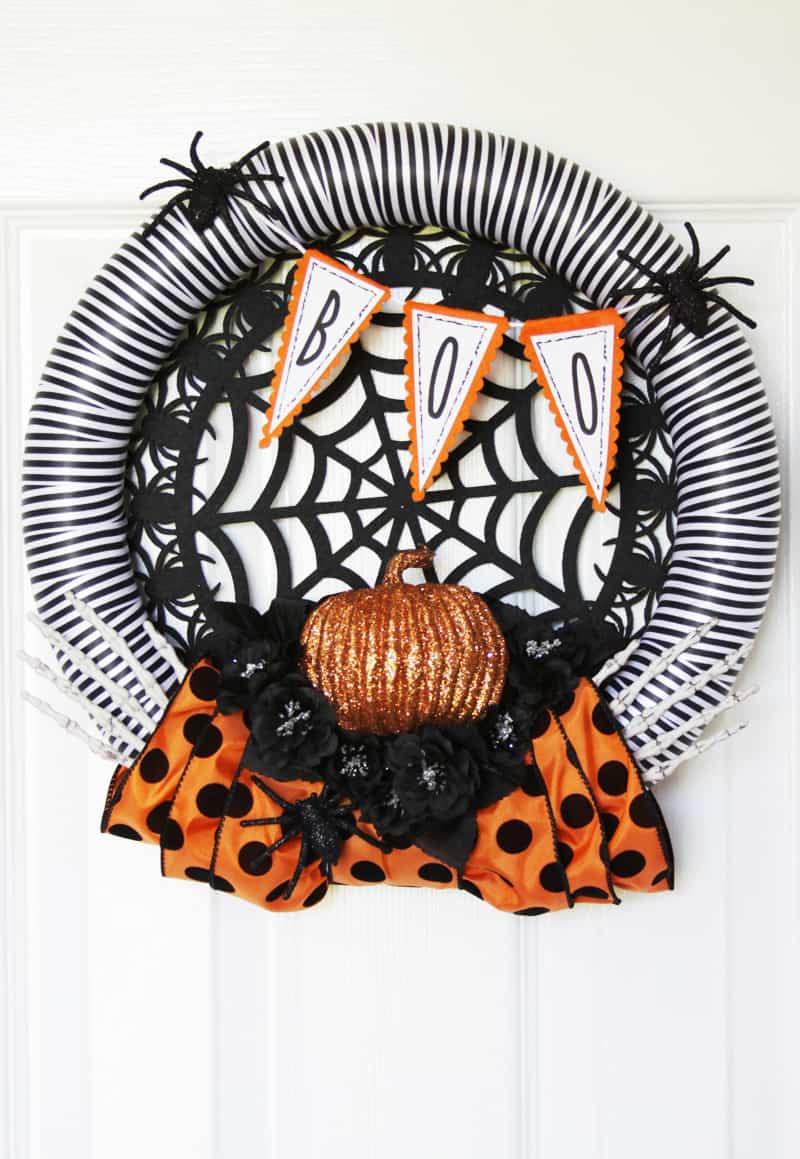 Spooky Spiders Halloween Wreath