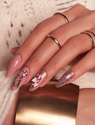 christmas nails - gingerman and candy cane nails