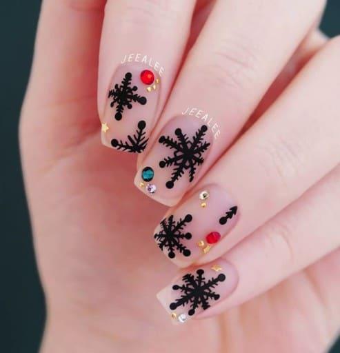 christmas nails - christmas nails black snowflakes