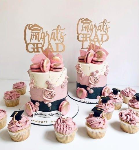 Twin Graduation Cakes, graduation cake design