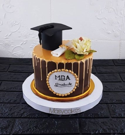 Black and Gold MBA Cake