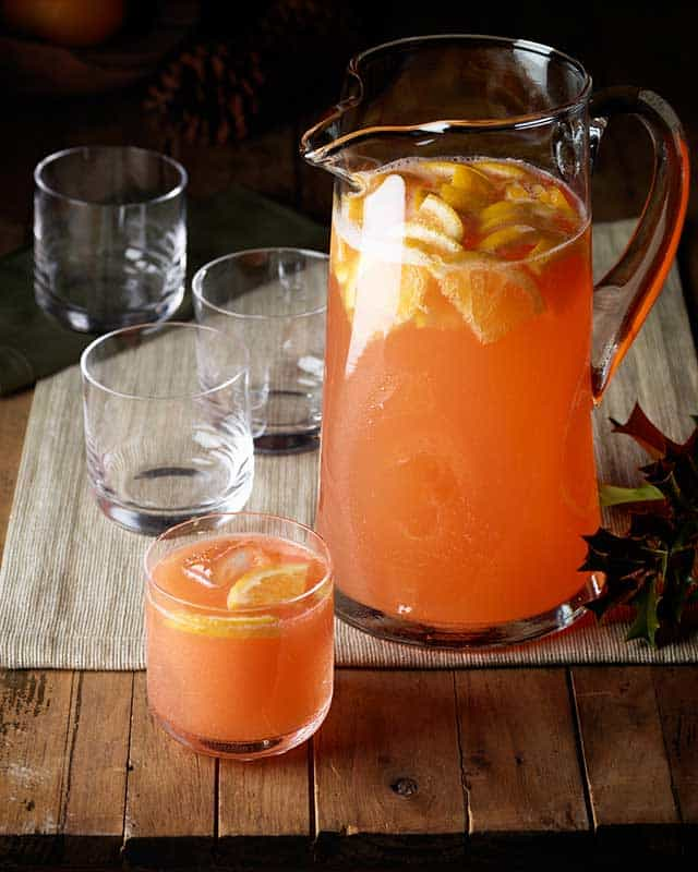 Super bowl royal punch perfect tailgate cocktail for your super bowl party.