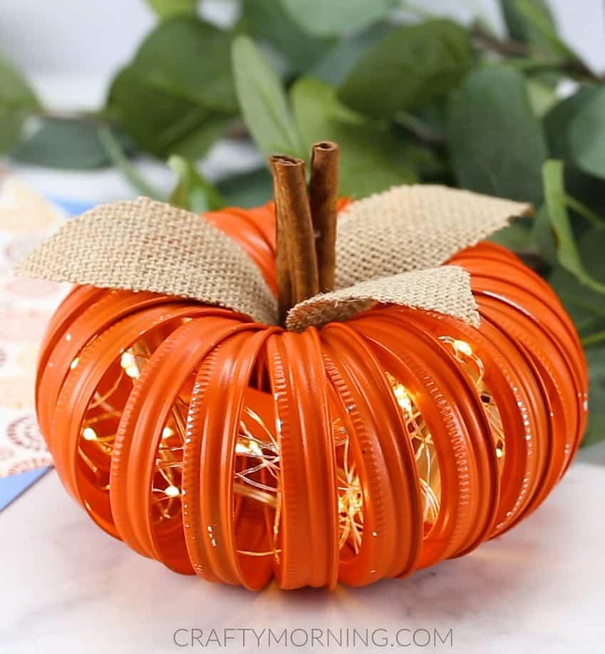 lighted jar lid pumpkin
