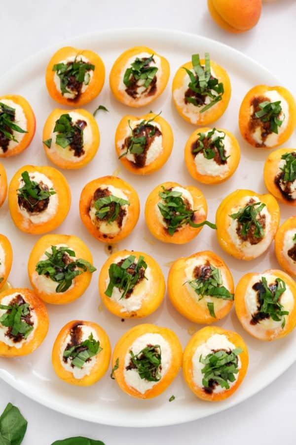 best thanksgiving appetizer Apricot Ricotta Honey Basil